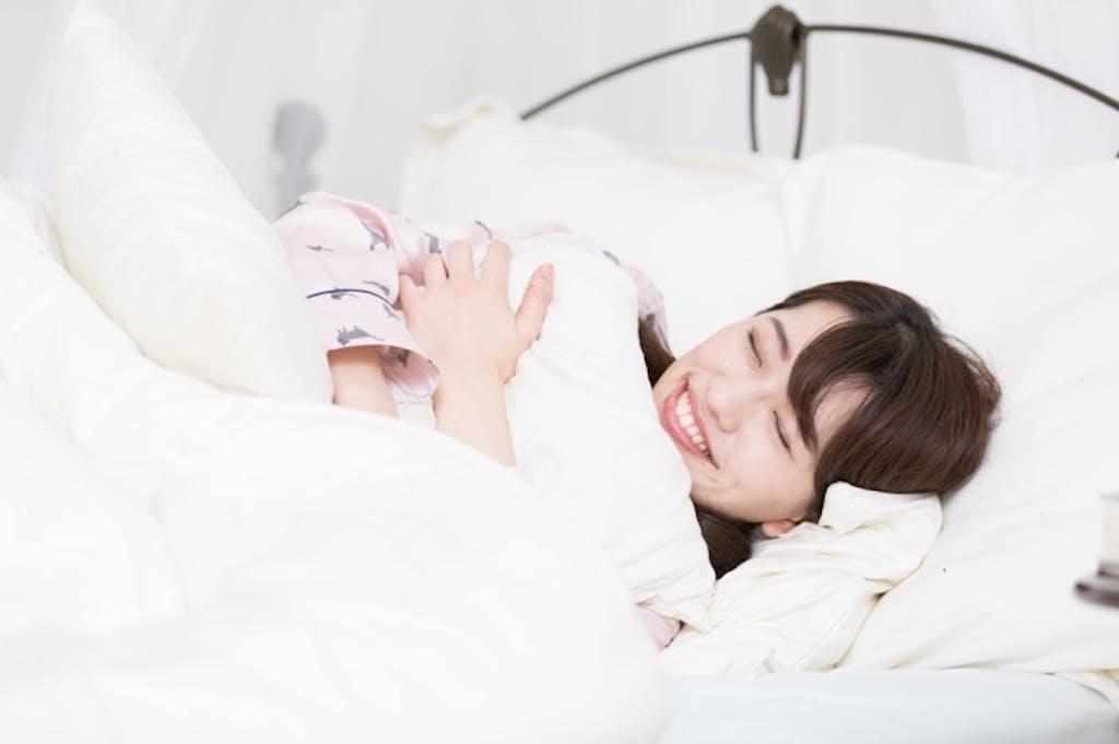 """日本人は""""睡眠時間が短いのに健康""""!? こだわるべきは時間ではなく…"""