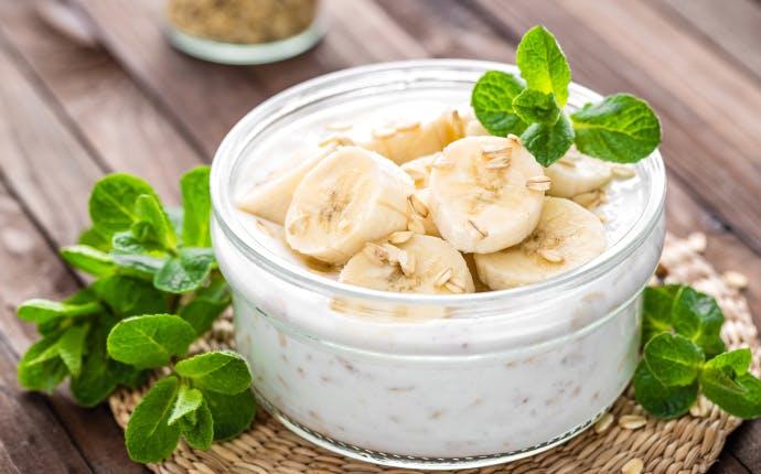 ヨーグルトは温めると効果UP⁉ おすすめの食べ方とは?