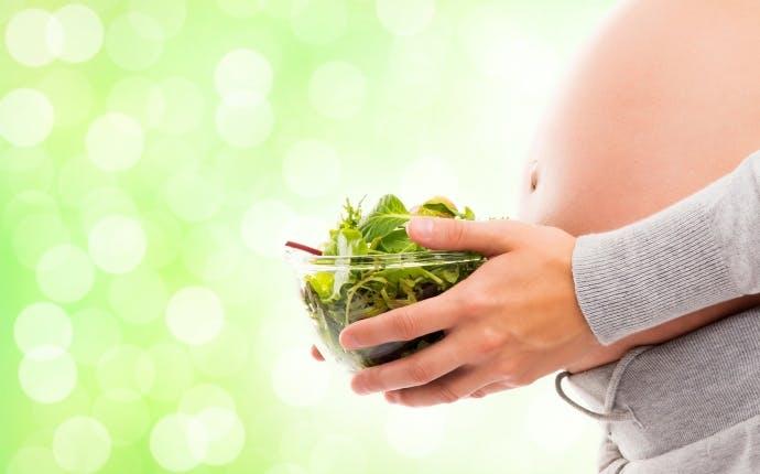 ママの腸内フローラが赤ちゃんの未来の腸内フローラを左右する!? 妊娠中ママが心がける食事とは?