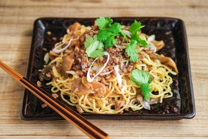 世界の発酵食品レシピvol.13:ザーサイとひき肉の中華風焼きそば