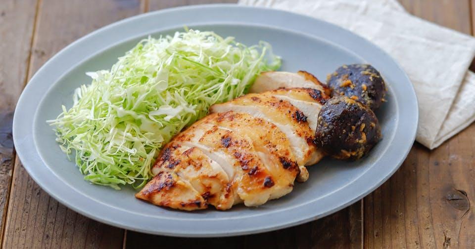 腸内環境を整えるうえに、お肉をやわらかくする「味噌」で作ろう!:鶏むね肉の味噌マヨ漬け焼き