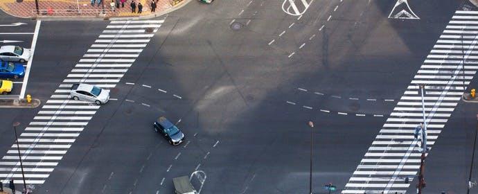 """ドライバーへの""""メリット""""も!事故対策の「斜め横断歩道」"""