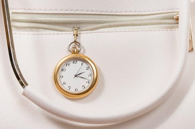 眠気覚ましの休憩をとる、最適なタイミングは「午後2時台」