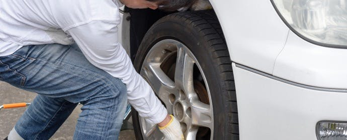 自分で履き替える前に確認しよう!「タイヤの取付方向」