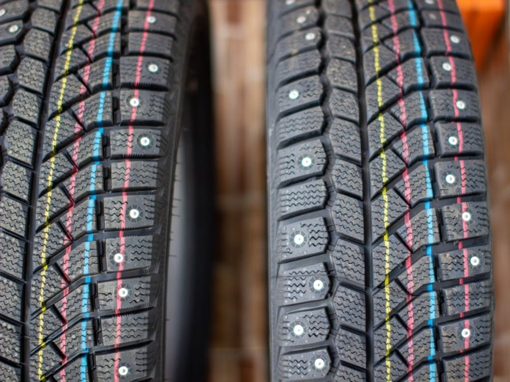 タイヤメーカーが解説する「スタッドレスタイヤとは?」その1
